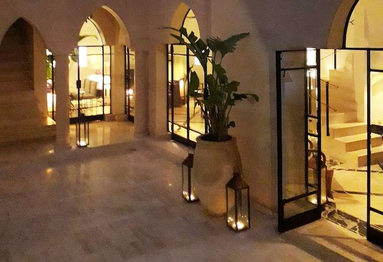 阿祖茲里亞德 SPA 酒店, 馬拉喀什, 酒店內