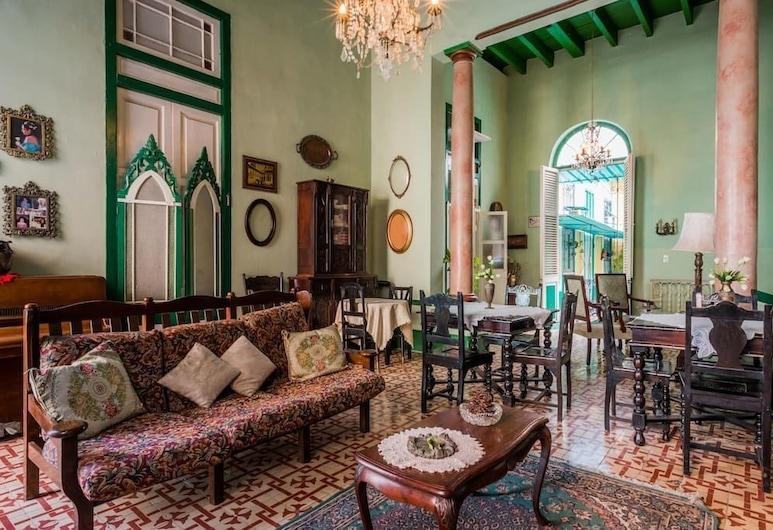 Casa Miriam Hostal Colonial, Havana