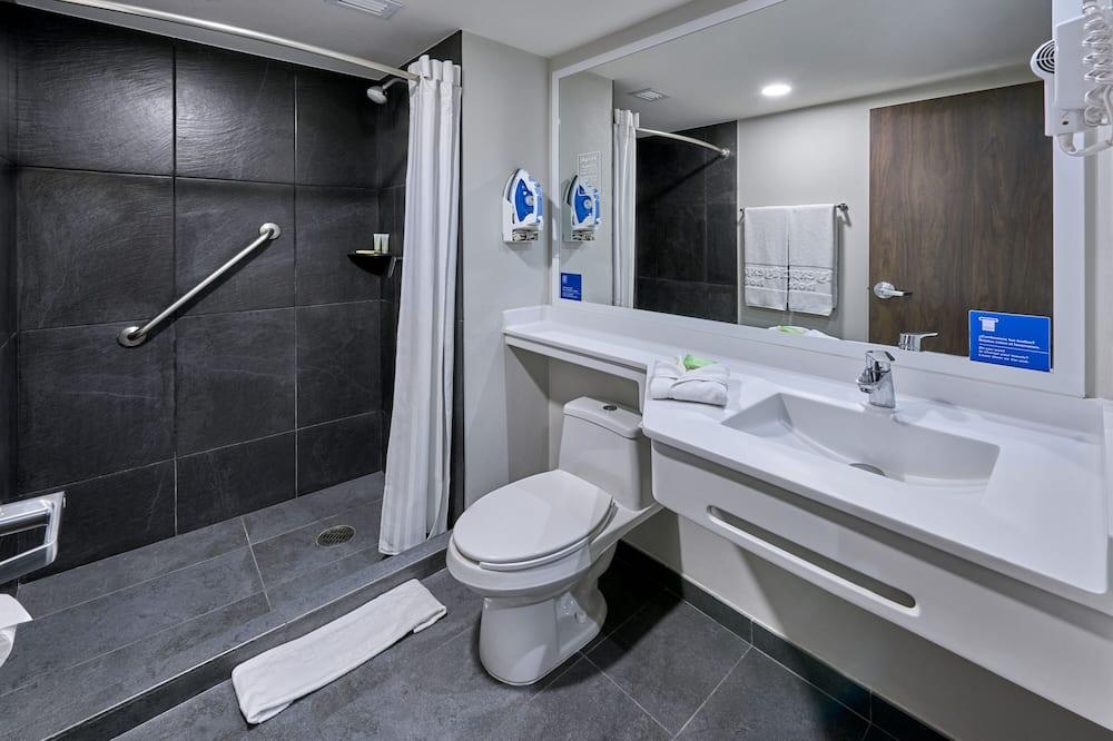 Standard Single Room, 1 Queen Bed, Non Smoking - Bathroom