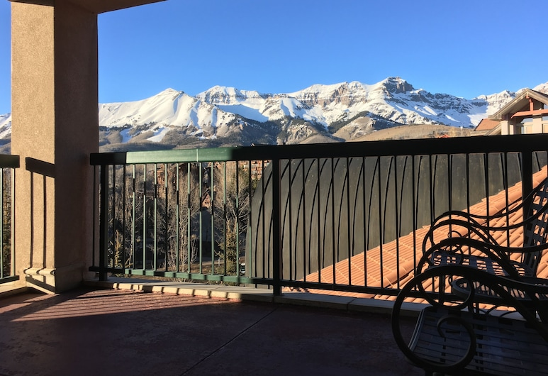 Franz Klammer by Canyons Village Rentals, Telluride, Luxury Villa, Multiple Beds, Resort View, View from room
