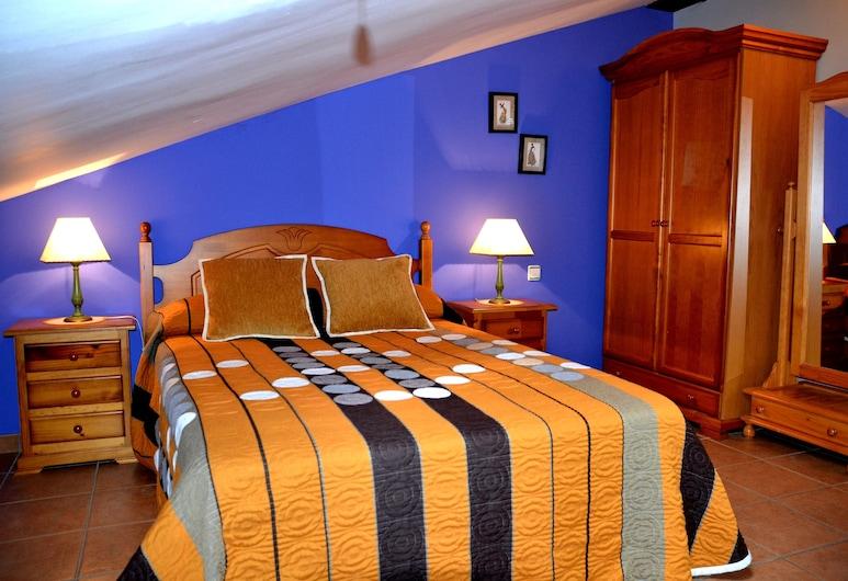 Alojamientos Carmen, Beteta, Мансардний номер, 2 спальні (Las Nogueras), Номер
