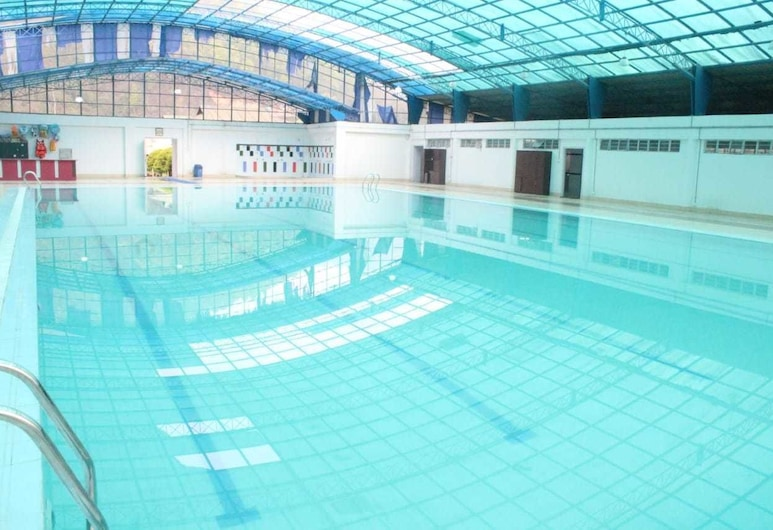 Golden Mahseer Riverside Resort, Namchi, Pool