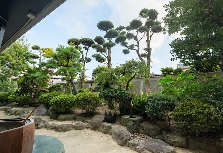ゲストハウス箱崎ガーデン, 福岡市, 庭園