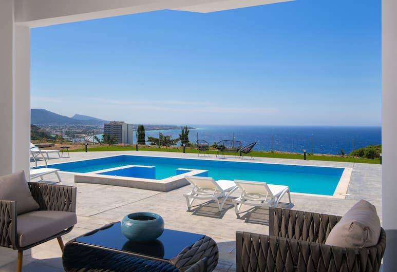 Monte Smith Luxury Villa, Rodosz, Medence