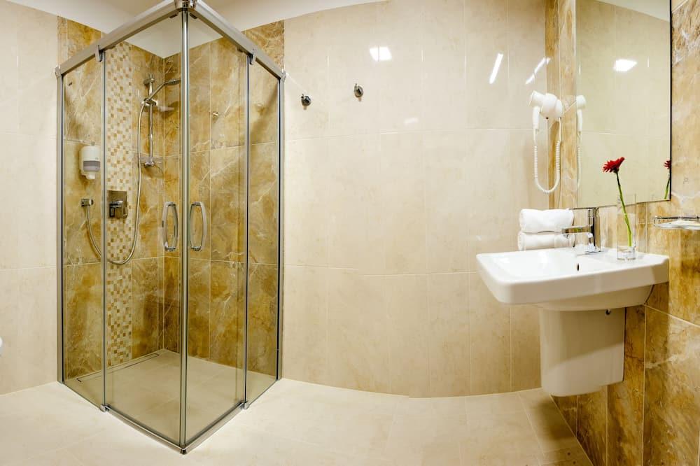 Dvivietis kambarys, vaizdas į miestą - Vonios kambarys