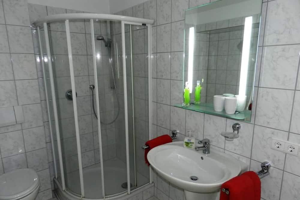 Apartment, 2 Bedrooms, Garden View - Bathroom