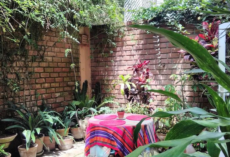 Quinta Junin, Lima, Terasa / vidinis kiemas