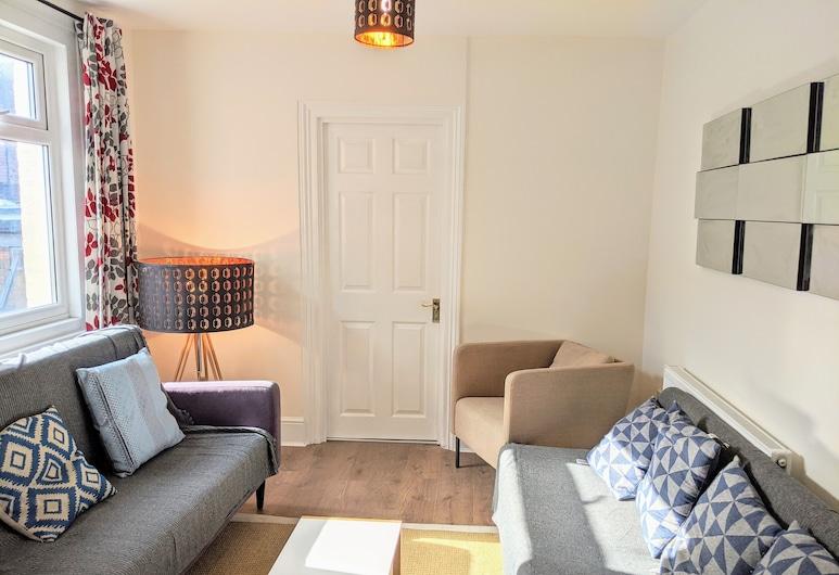 TopHome Stoke Newington, London, Családi ház, 5 hálószobával, konyha, kilátással a városra, Nappali