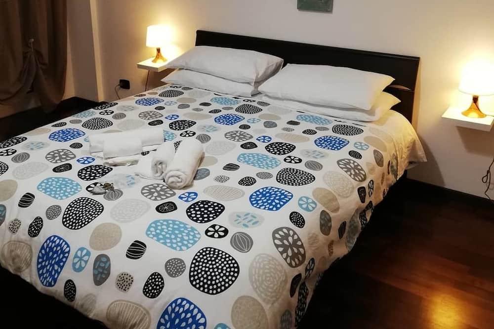 Habitación tradicional, 1 cama Queen size, para no fumadores, vista a la ciudad - Balcón
