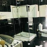 Presidential Suite, 1 Queen Bed, Non Smoking - Bathroom