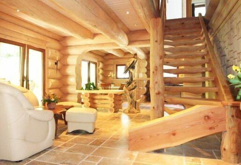 Appartements-am-Foerchensee, Ruhpolding, House, 5 Bedrooms, Living Area