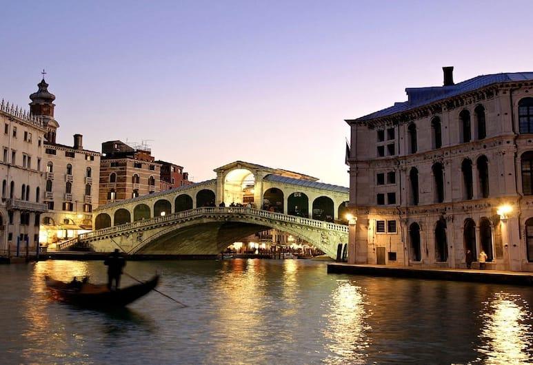 Red Fashion, Venetsia