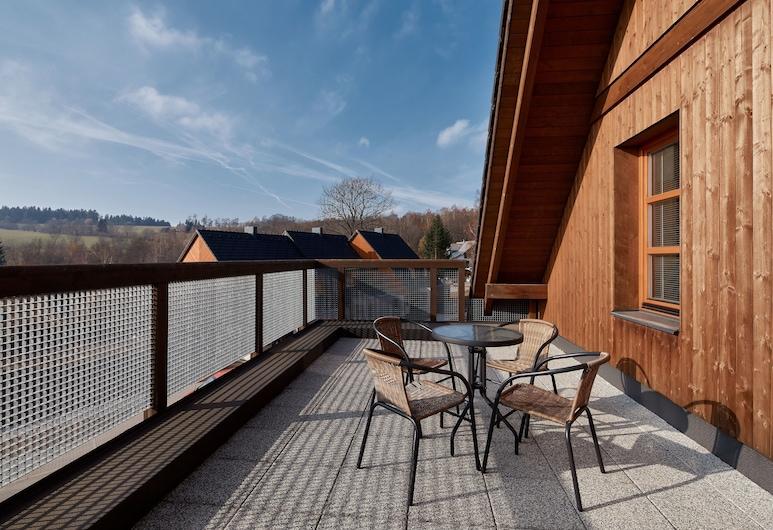 Wellness hotel Říčky, Rícky v Orlických horách, Superior maisonette apartment with terrace and kitchenette, Terrace/Patio