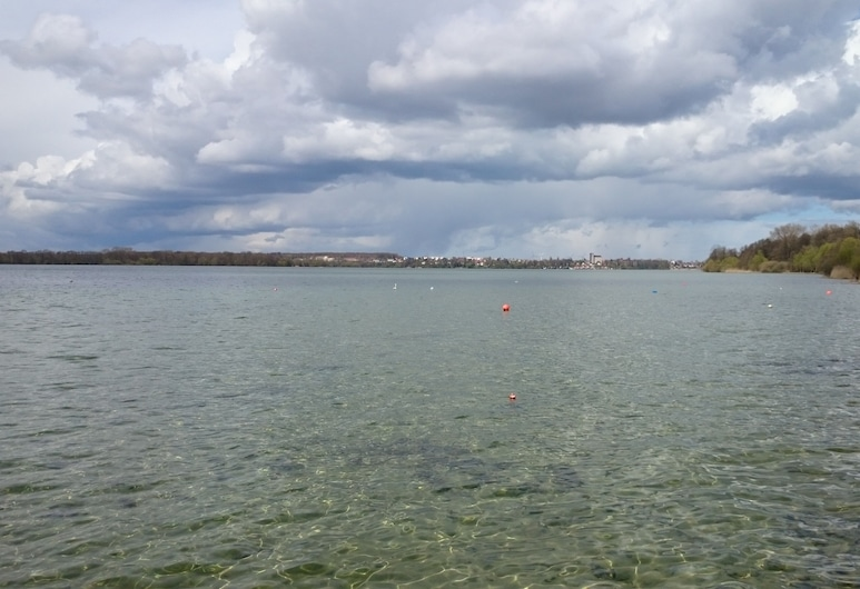 Apartment in the Land of 1000 Lakes and the Baltic Sea, Dobin am See, الشاطئ