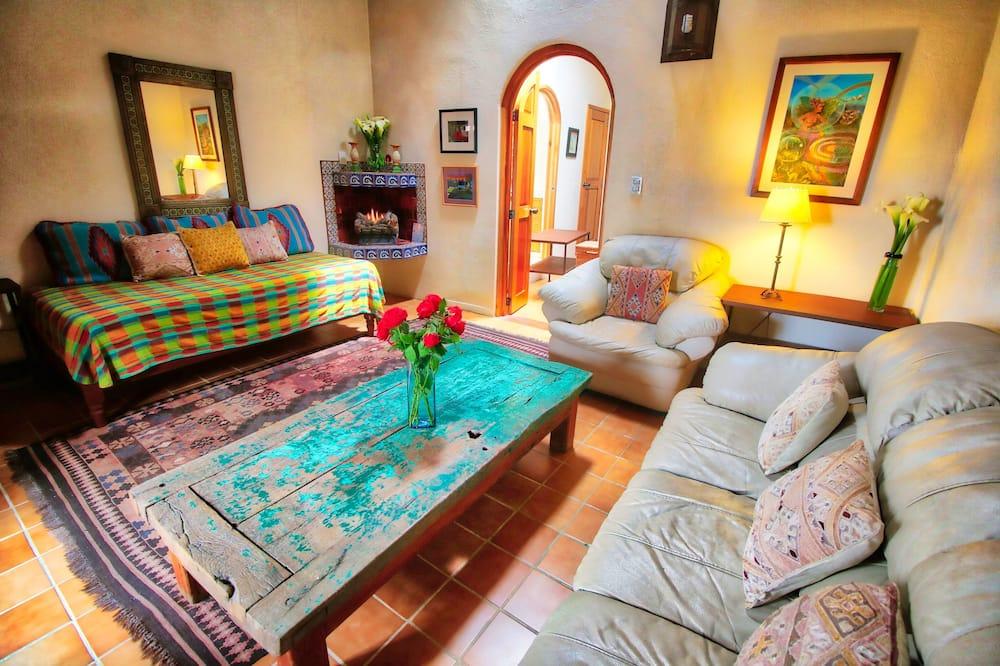 デラックス アパートメント ベッド (複数台) 禁煙 コートヤードビュー (El Sol) - リビング ルーム