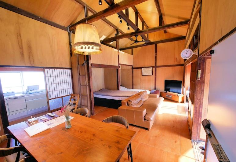 Sumitsugu House West, Kumamoto