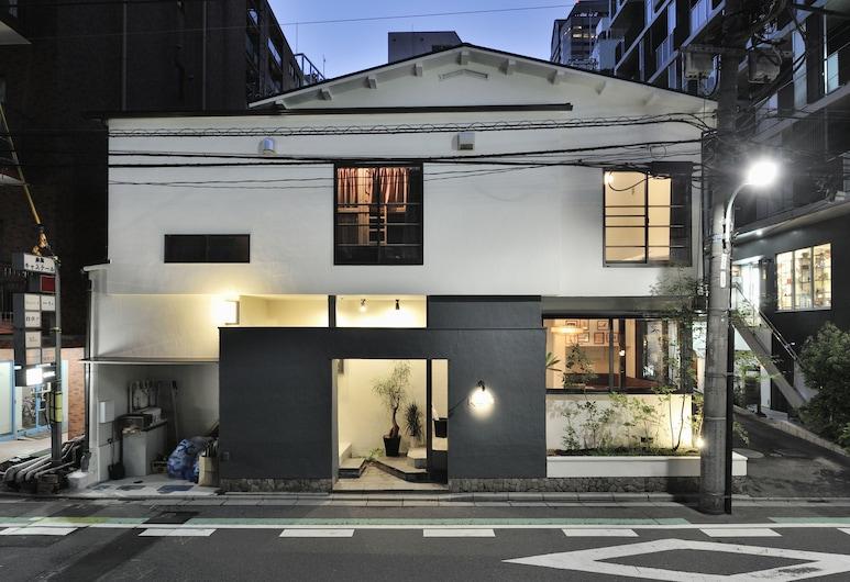蔡家酒店, 東京, 酒店入口 - 夜景