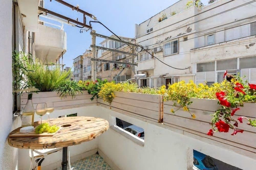 Economy Studio, Kitchen - Balcony