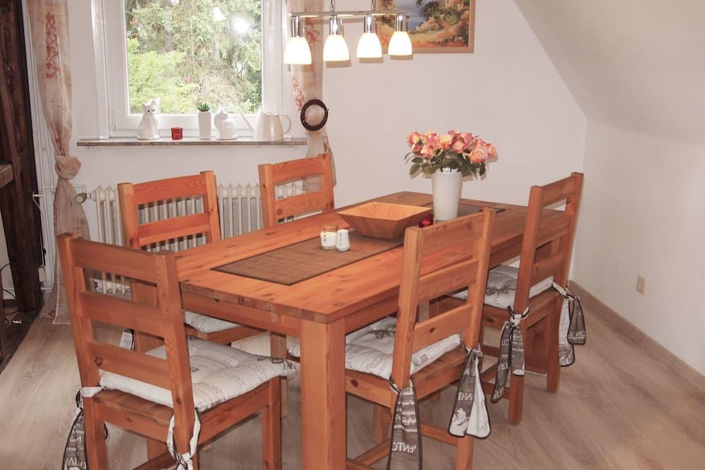 Apartment (Villa Am Golfplatz incl45EUR cleanFee) - In-Room Dining