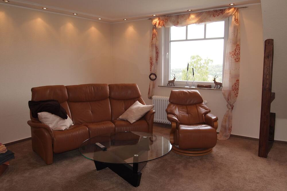 Apartment (Villa Am Golfplatz incl45EUR cleanFee) - Living Area