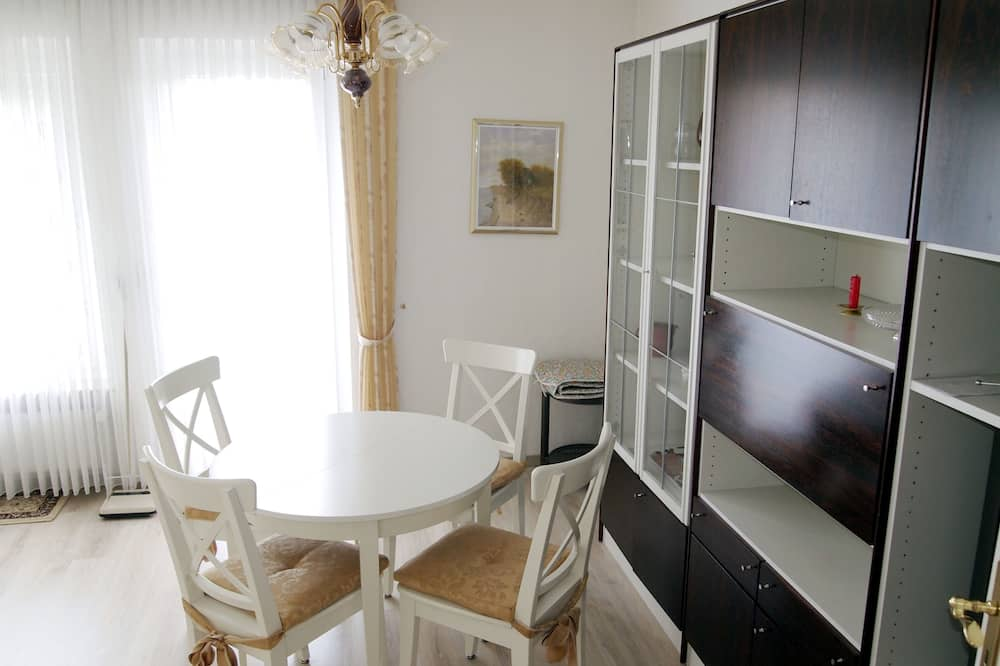 Apartment (Schimmer incl. 30 EUR cleaning fee) - In-Room Dining