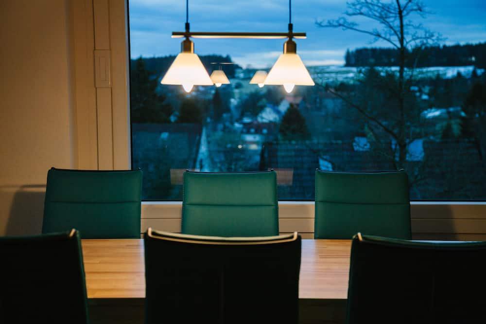 Departamento (Bösehansen) - Servicio de comidas en la habitación