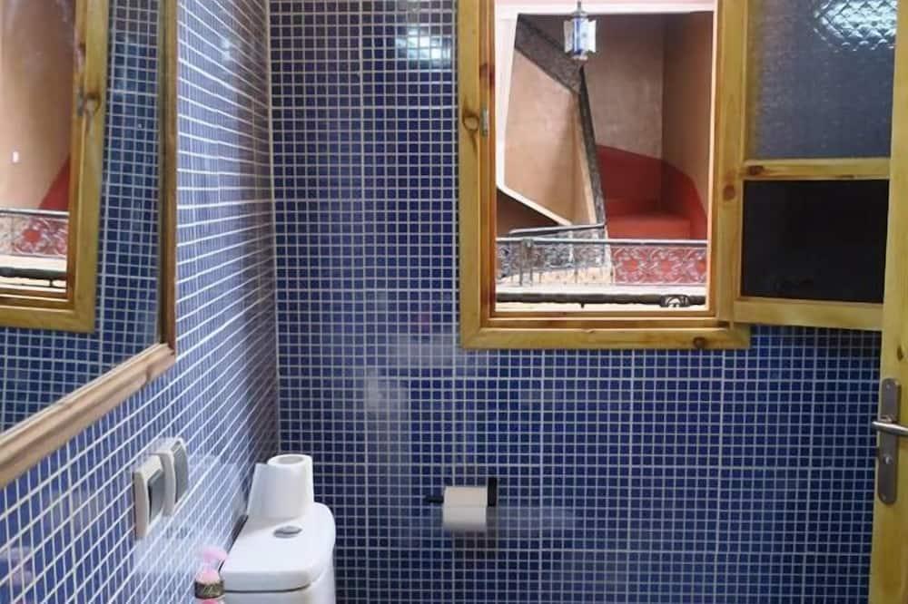 Standard - neljän hengen huone, Tupakointi kielletty - Kylpyhuone
