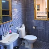 Standard - kolmen hengen huone, Tupakointi kielletty - Kylpyhuone