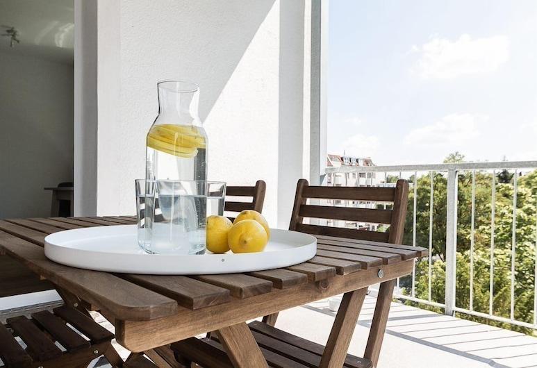 Greystay Apartments Steglitz, Berlin, Studio, 1Queen-Bett und Schlafsofa (40m²), Balkon