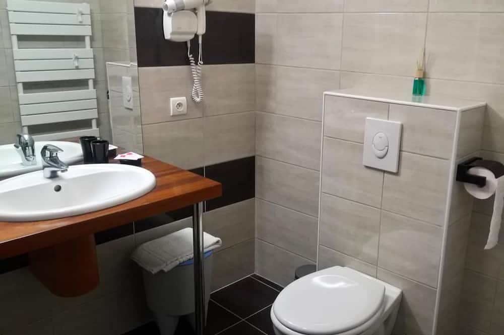 Dvivietis kambarys su patogumais - Vonios kambarys