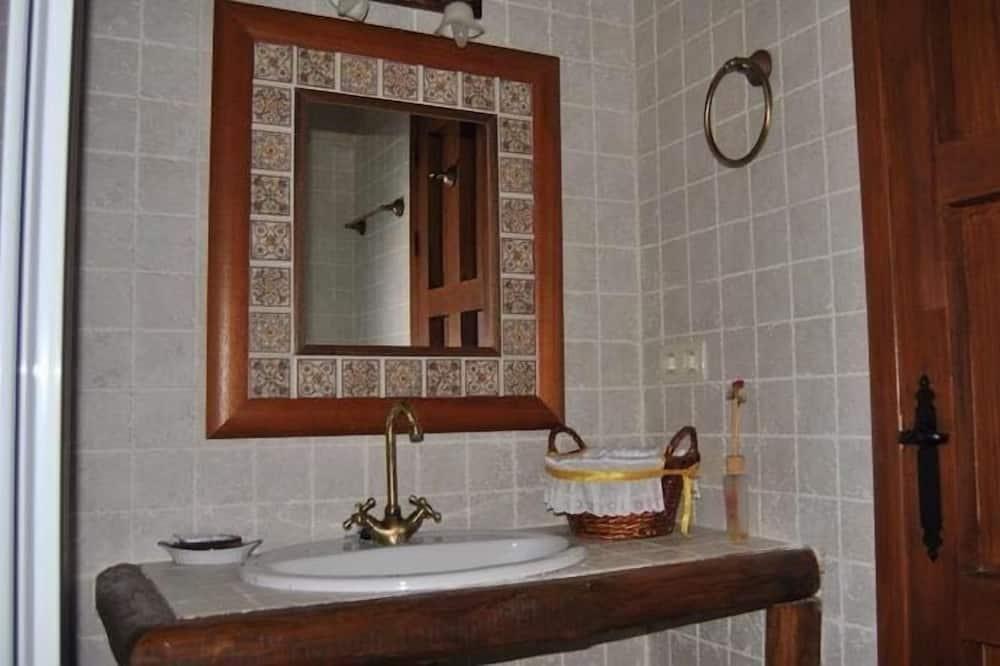 ダブルルーム 禁煙 - バスルーム