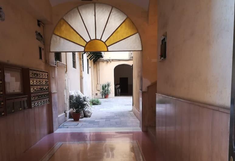 Bixio Apartment, Rome, Property Grounds