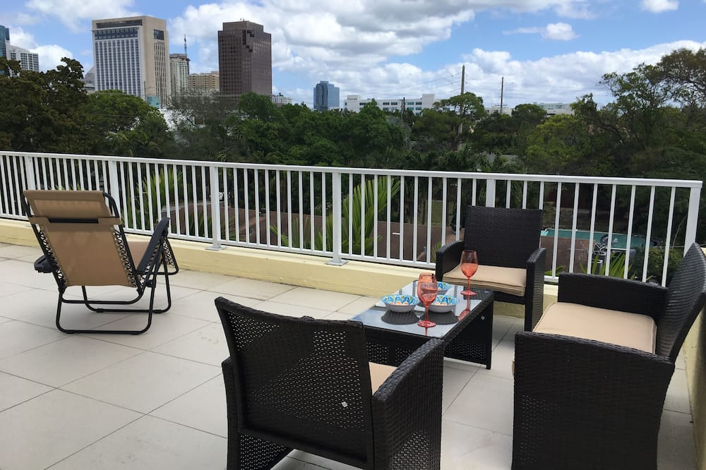 4BR Townhouse 906 by Ideal Experience VR