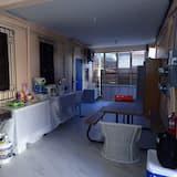 Štandardná jednolôžková izba, 1 jednolôžko, nefajčiarska izba, výhľad do dvora - Vybavenie spoločnej kuchyne