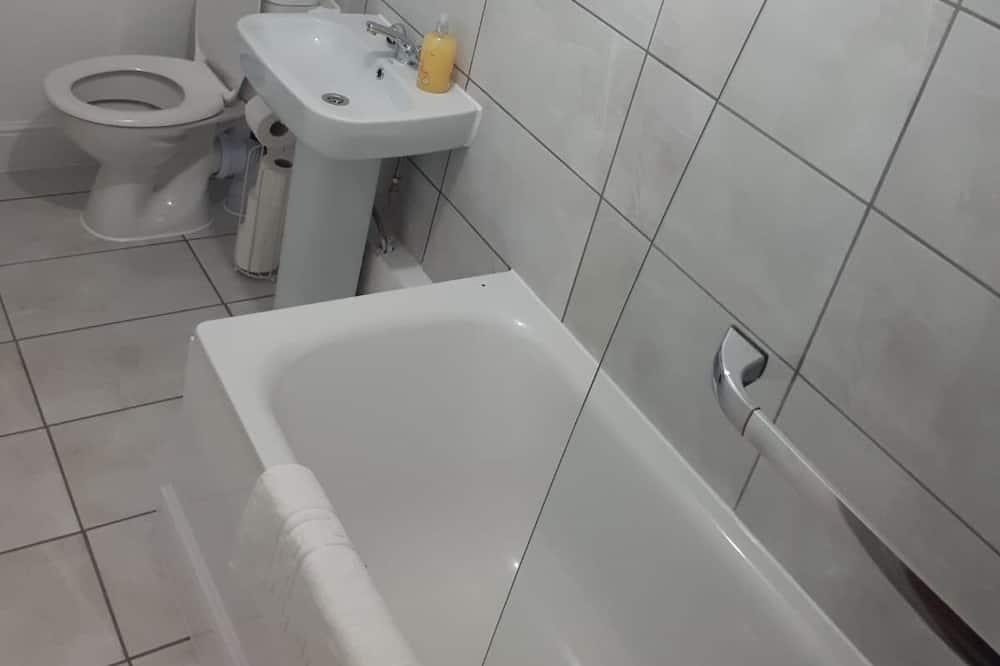 Superior Apartment, Private Bathroom (2 bedroom) - Bathroom