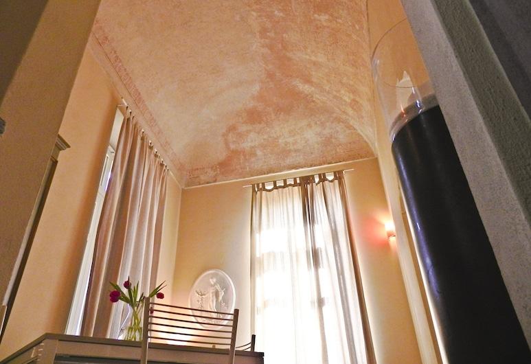 La Casa Di Cocca, Alba, Deluxe külaliskorter, 1 magamistoaga, rõduga, vaade linnale, Tuba