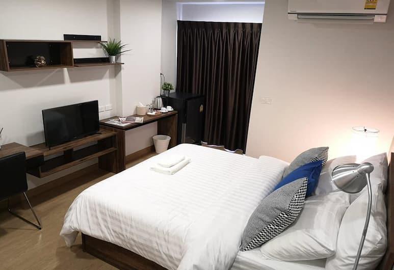 Tata House, Bangkok, Standard Double Room, Bilik Tamu