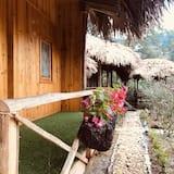 Deluxe Double Room, Garden View - Balcony