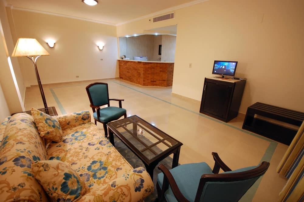 Kaksikerroksinen grand-huoneisto, 3 makuuhuonetta - Oleskelualue