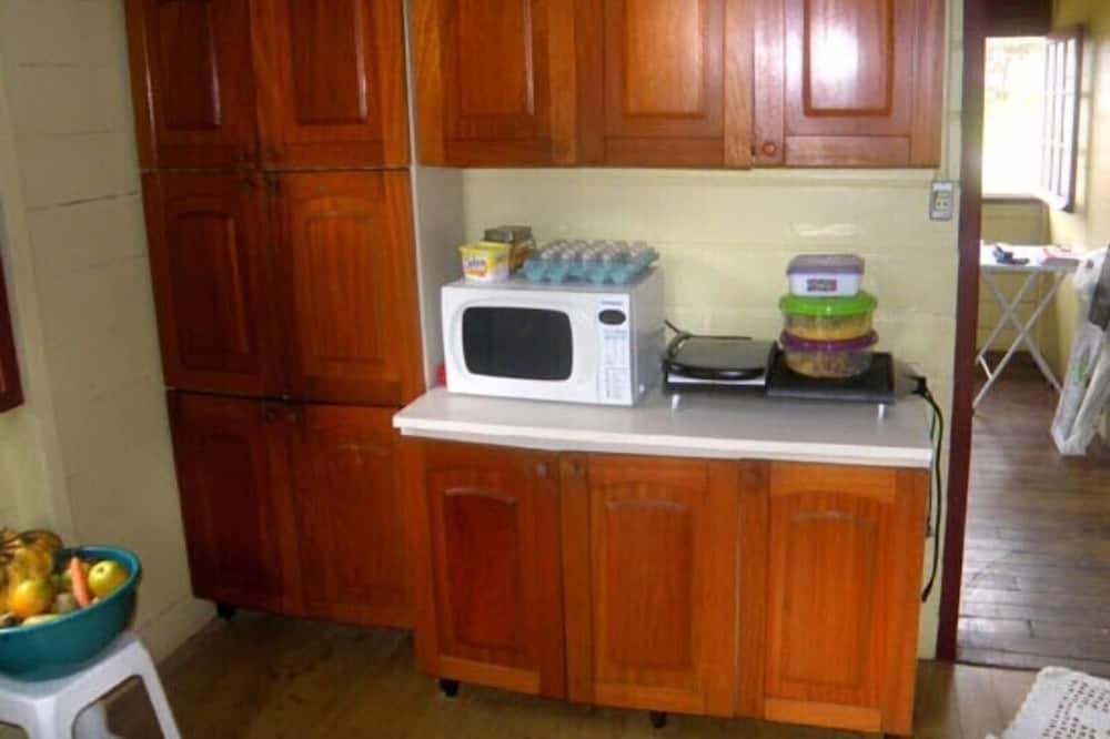 Triple Room - Shared kitchen