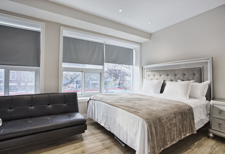 Toronto Rooms and Suites, Toronto, Standard Room, 1 King Bed, Non Smoking, City View