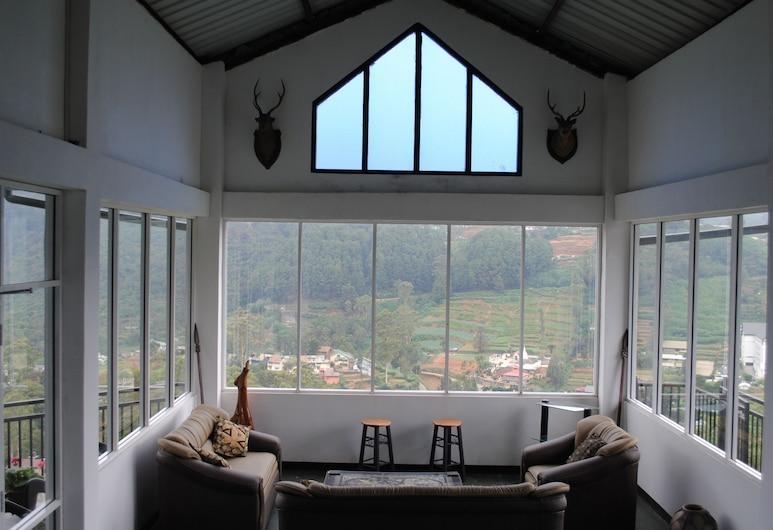 Misty Mountain Villas, Nuwara Eliya, Lobby Sitting Area