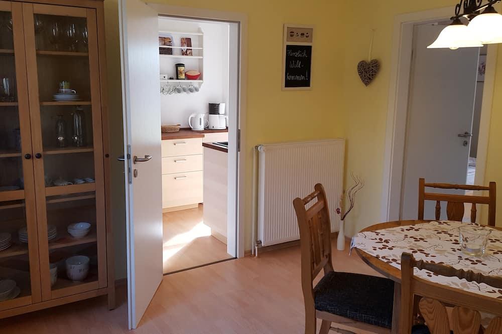 Comfort Apartment, Garden View (Ferienwohnung 1) - Tempat Makan dalam Bilik