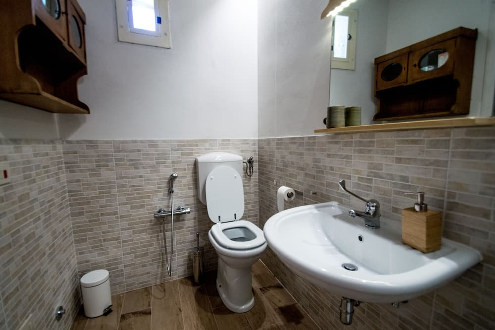 Apartment, 2 Bedrooms, Vineyard View - Bathroom
