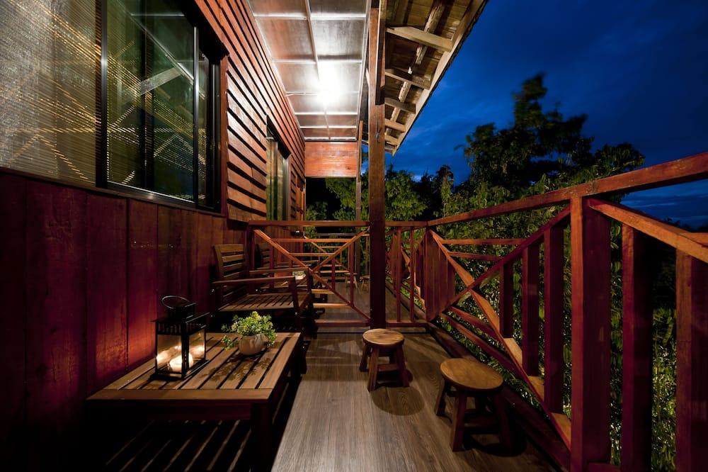 Pamatklases villa - Balkons