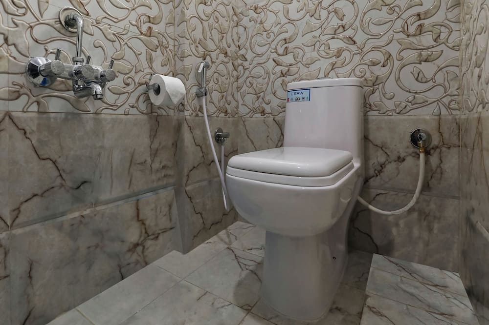 Standard Room, Non Smoking, City View - Bathroom