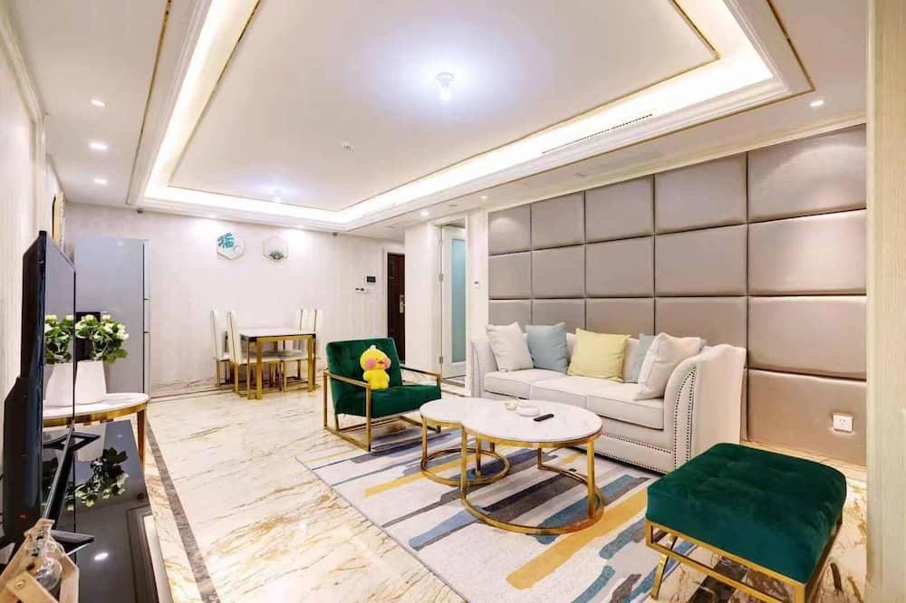 Li's Apartment - Temple of Earth