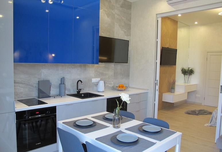 Apartment on Bulvar Nadezhd Apt 113, Adlersky
