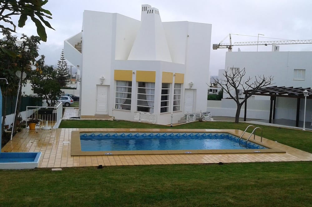 Villa With 3 Bedrooms in Albufeira, With Private Pool, Enclosed Garden and Wifi - 900 m From the Beach