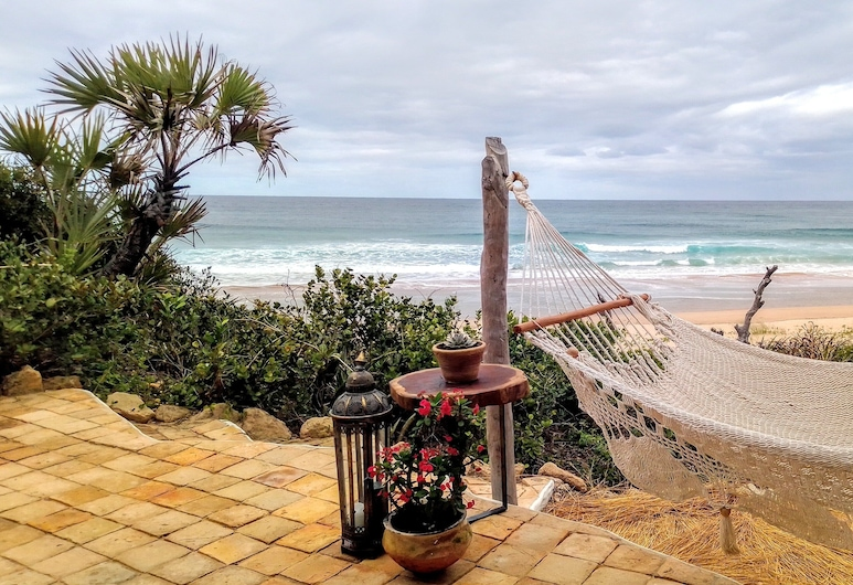 PURA VIDA TOFO BEACH HOUSE, Tofo, Family Villa, Beach View, Terrace/Patio